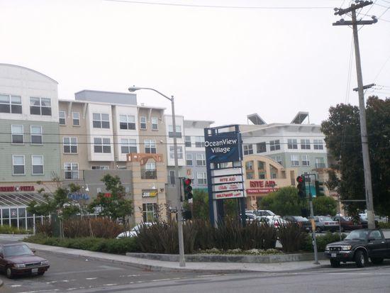 8400 Oceanview Ter APT 410, San Francisco, CA 94132