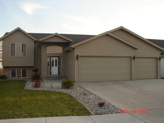 609 19th Ave W, West Fargo, ND 58078