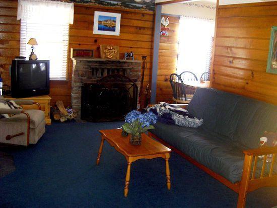 40233 Dream St, Big Bear Lake, CA 92315