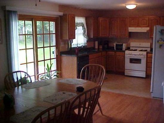 893 Pleasant St, Woodstock, IL 60098