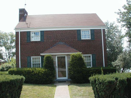 162 Baker Dr, Pleasant Hills, PA 15236