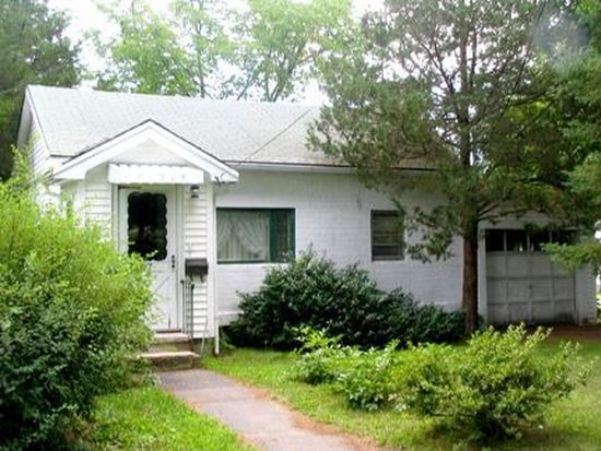 77 Jady Hill Ave, Exeter, NH 03833