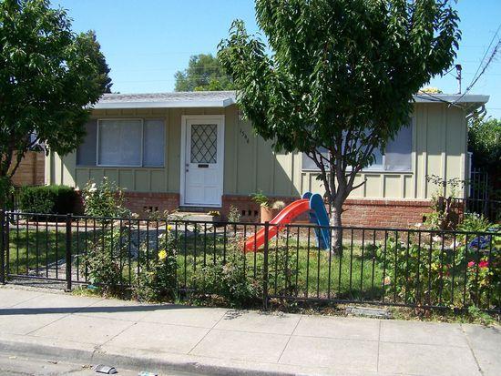 1546 Kentfield Ave, Redwood City, CA 94061