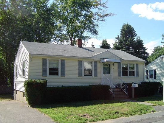 1 Flynn St, Salem, MA 01970