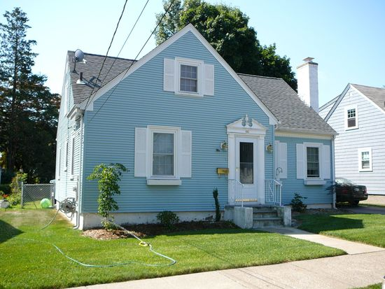 192 W Forest Ave, Pawtucket, RI 02860