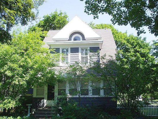 502 Prairie St, Saint Charles, IL 60174