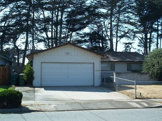 3095 Everett Cir, Marina, CA 93933