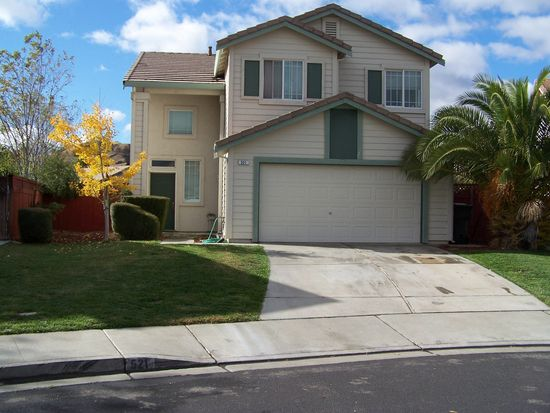 521 Wicklow Dr, Vacaville, CA 95688