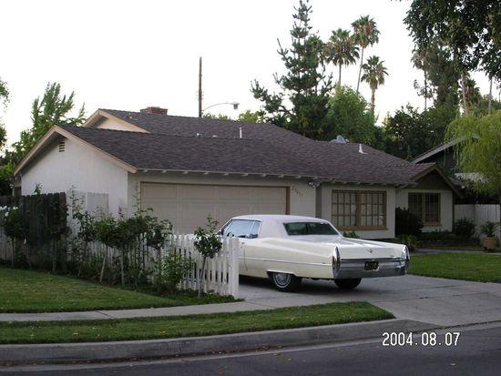 23643 Tiara St, Woodland Hills, CA 91367