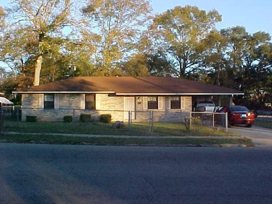 1011 N 1st Ave, Laurel, MS 39440
