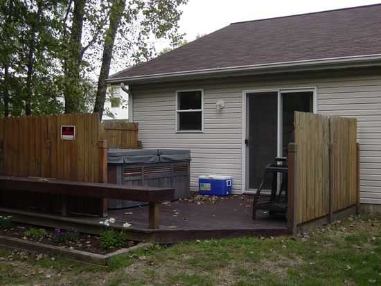 799 Derby Dr, Painesville, OH 44077