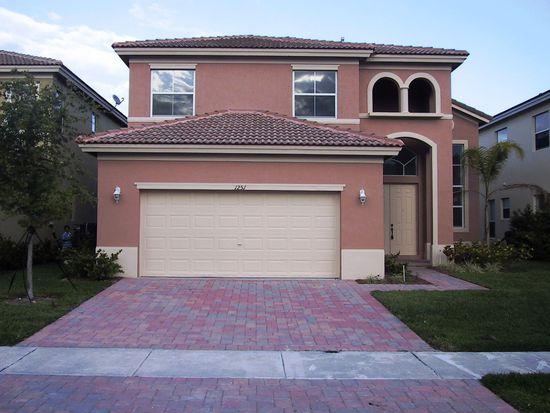 1251 NE 37th Pl, Homestead, FL 33033