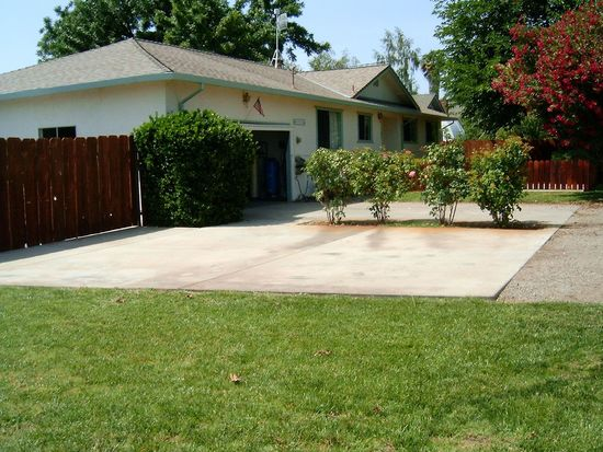 3236 Muir Rd, Yuba City, CA 95991