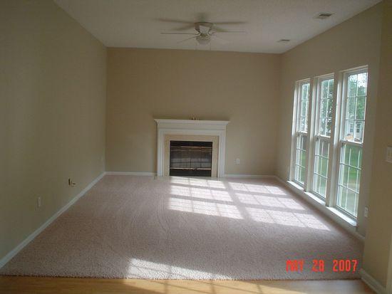 2538 Thornfield Rd, Charlotte, NC 28273
