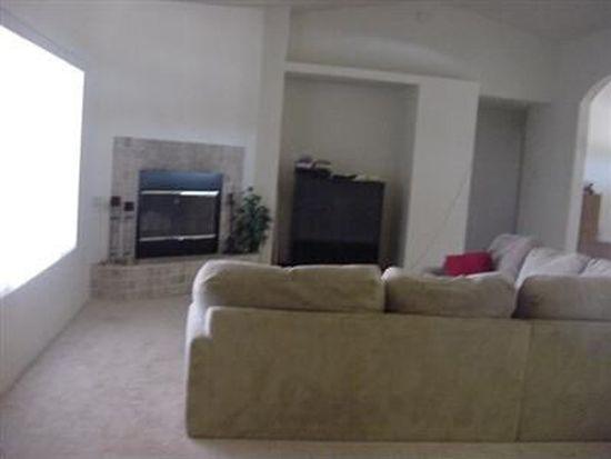 15788 Live Oak St, Hesperia, CA 92345