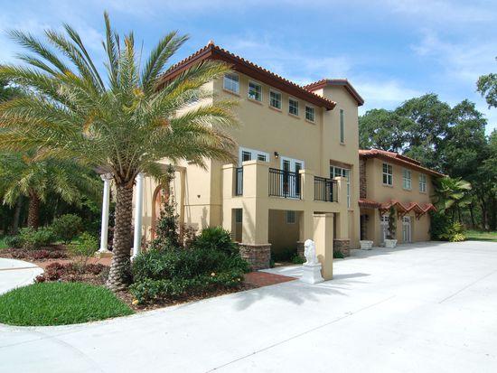 8102 Bay Dr, Tampa, FL 33635