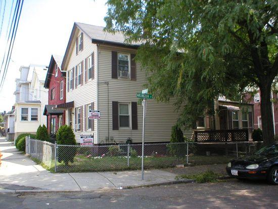 30 Heard St, Chelsea, MA 02150