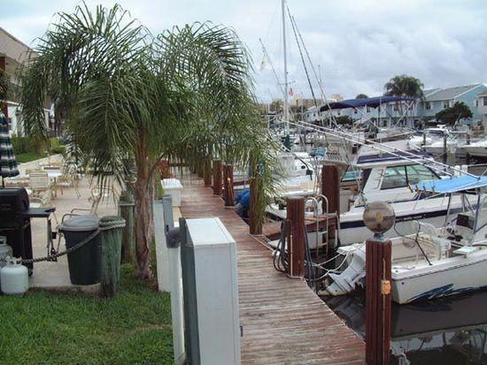2400 NE 16th St APT 113, Pompano Beach, FL 33062