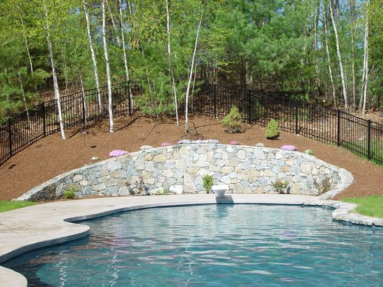 288 Foster St, North Andover, MA 01845
