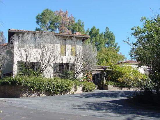 26974 W Fremont Rd, Los Altos Hills, CA 94022