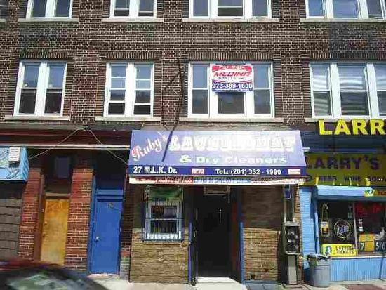 27 Martin Luther King Jr Dr, Jersey City, NJ 07305
