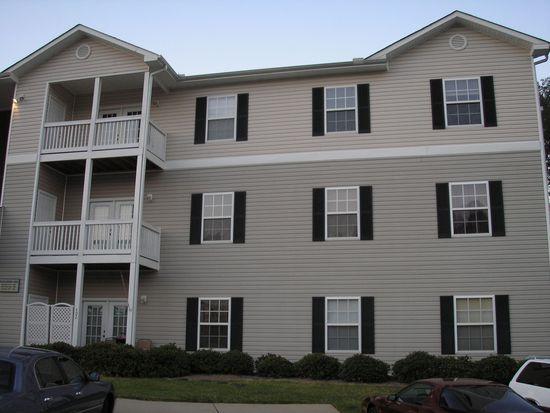 422 Mckenna Cir, Greenville, SC 29615