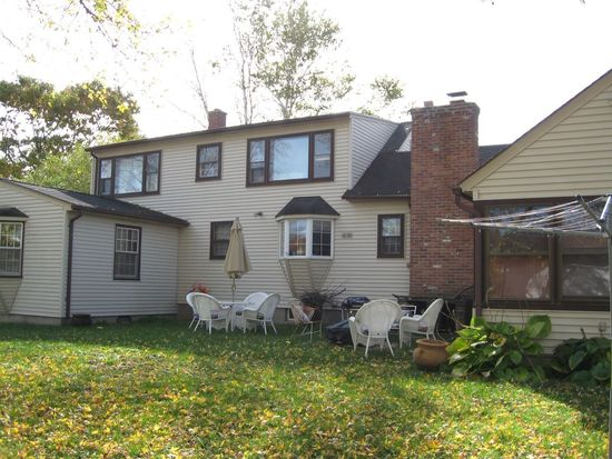 31 Arch St, Pittsfield, MA 01201