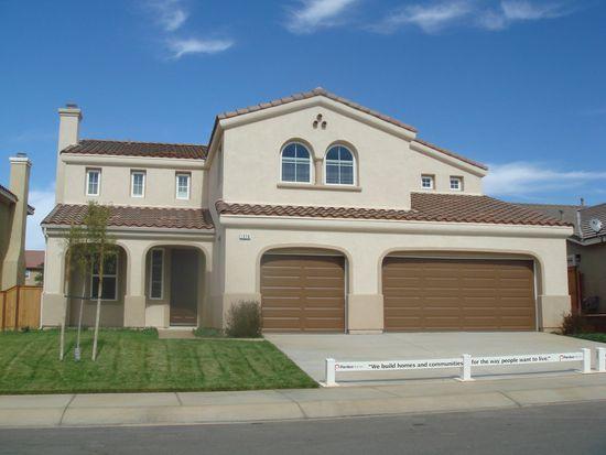 1576 Phoenix Dr, Beaumont, CA 92223