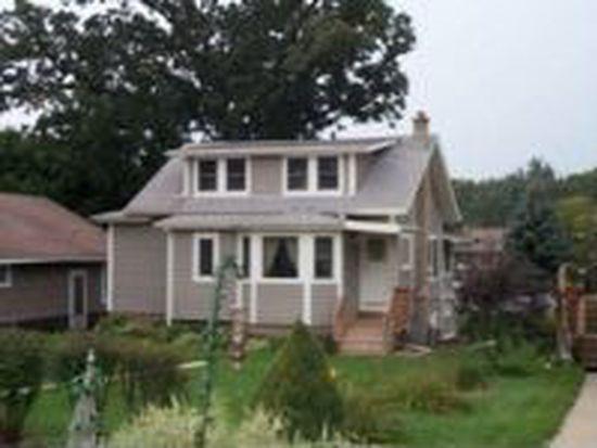2405 Grove Ln, Cary, IL 60013