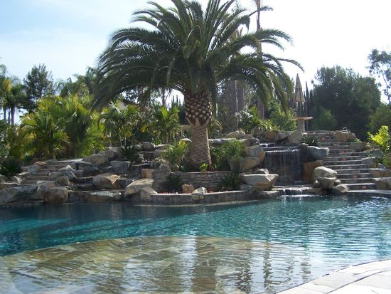 612 California Oak Dr, Vista, CA 92081