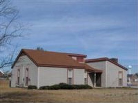 3593 Ray Gillis Rd, Fayetteville, NC 28312
