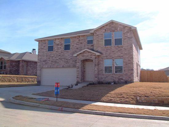 3226 Clydesdale Dr, Denton, TX 76210