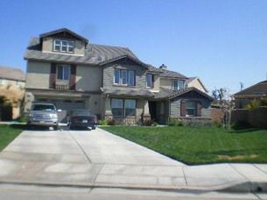 19579 Estancia Dr, Riverside, CA 92508