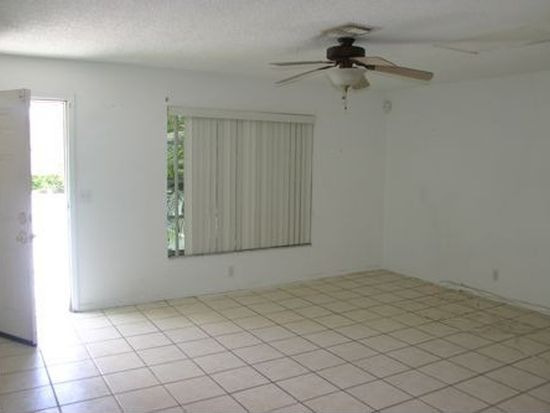 4707 Martha Louise Dr, West Palm Beach, FL 33417