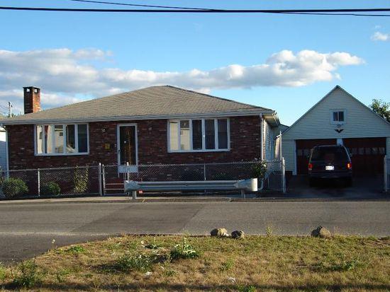 43 Carpenter St, Cumberland, RI 02864