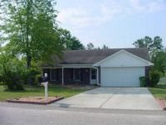 5809 Bloomsbury Dr, Fayetteville, NC 28306