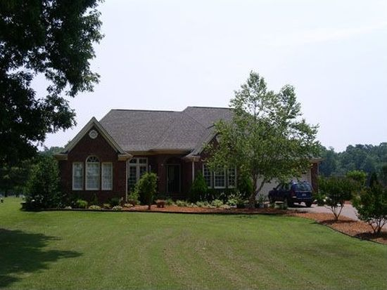 631 Cross Link Dr, Angier, NC 27501