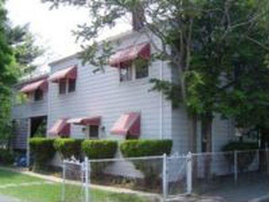 83 Tremont St, Salem, MA 01970