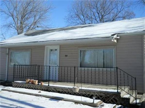 2 bed 1 bath Single Family at 721 N Cleveland St Ottawa, KS, 66067 is for sale at 69k - 1 of 26