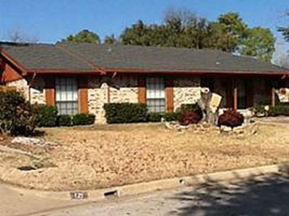 3 bed 2 bath Single Family at 125 Lamp Lighter Ct Azle, TX, 76020 is for sale at 280k - 1 of 94
