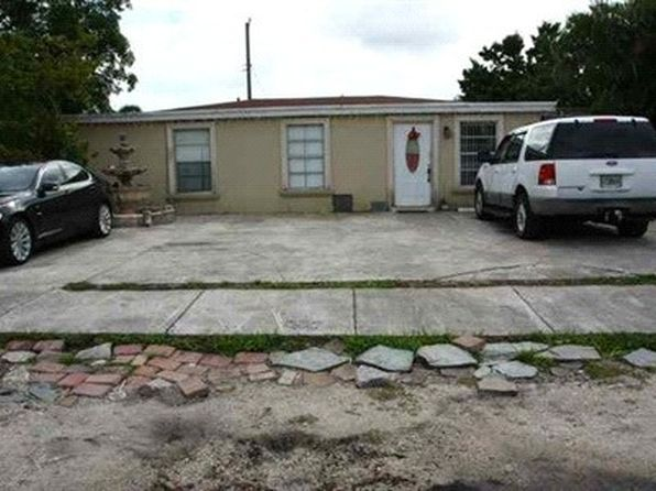 3 bed 1 bath Single Family at 3550 NW 96th St Miami, FL, 33147 is for sale at 310k - 1 of 3