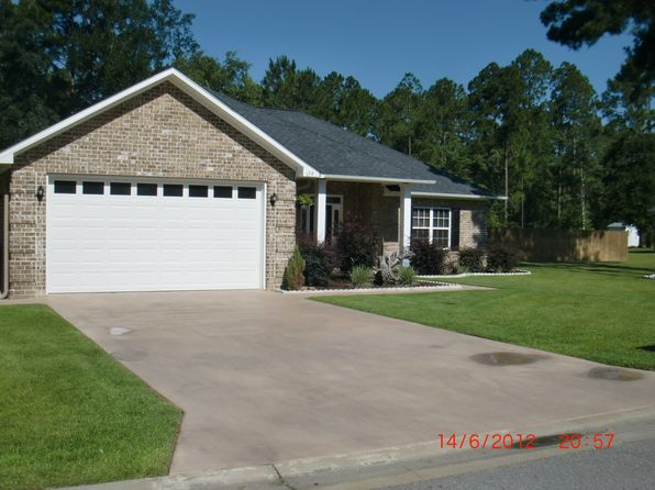 4 bed 2 bath Single Family at 159 Taylor Wells Ln Hinesville, GA, 31313 is for sale at 225k - 1 of 23
