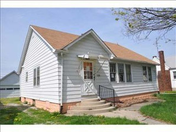 2 bed 1 bath Single Family at 1752 Christopher Ln Speedway, IN, 46224 is for sale at 140k - 1 of 5
