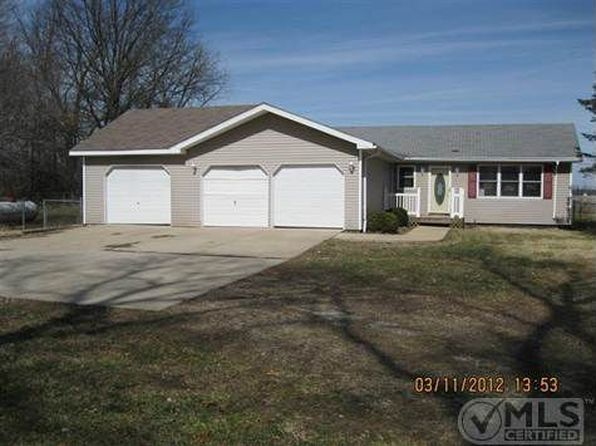 3 bed 1 bath Single Family at 12164 Quaker St Constantine, MI, 49042 is for sale at 130k - 1 of 39
