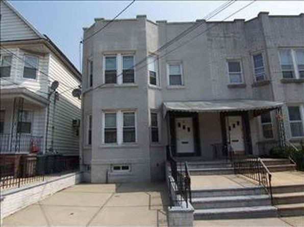 5 bed 2 bath Multi Family at 87 W 54th St Bayonne, NJ, 07002 is for sale at 359k - 1 of 16