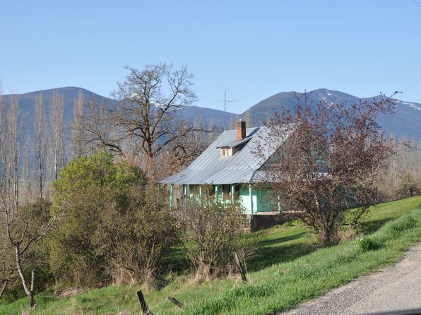 3 bed 1 bath Single Family at 9267 Farm To Market Rd Bonners Ferry, ID, 83805 is for sale at 58k - 1 of 8