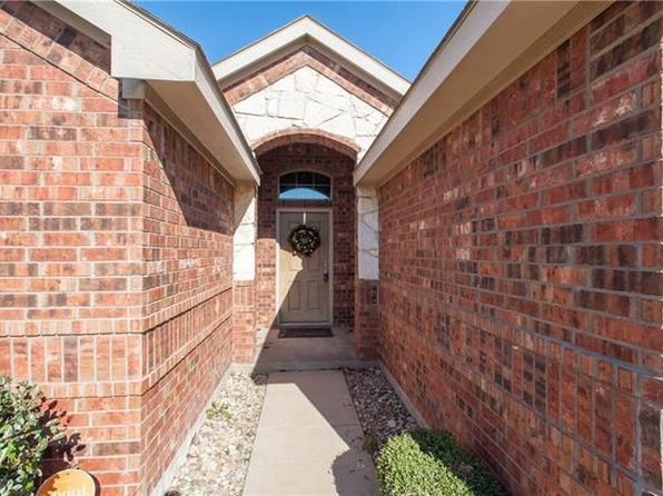 3 bed 2 bath Single Family at 201 Longhorn Dr Waxahachie, TX, 75165 is for sale at 210k - 1 of 51