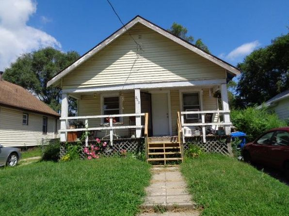 2 bed 1 bath Single Family at 2710 E Washington Ave Des Moines, IA, 50317 is for sale at 80k - 1 of 12