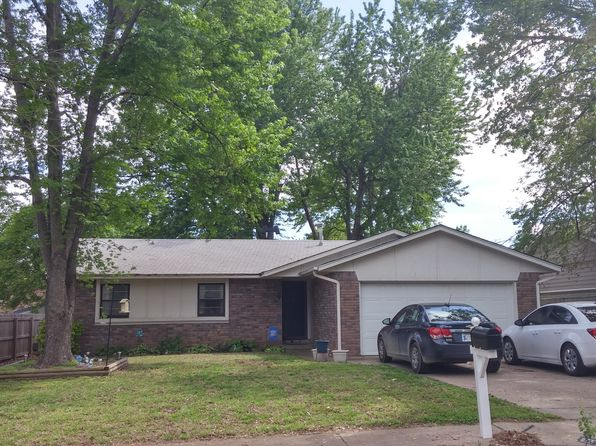 3 bed 2 bath Multi Family at 139 W Kent St Broken Arrow, OK, 74012 is for sale at 95k - 1 of 10