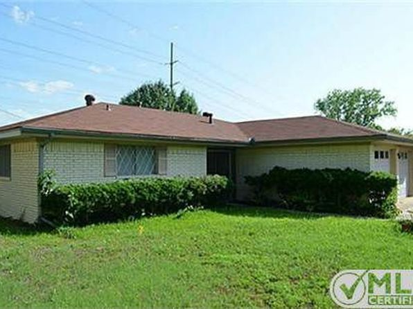 2 bed 1 bath Single Family at 221 Brookhaven Ter Commerce, TX, 75428 is for sale at 85k - 1 of 28